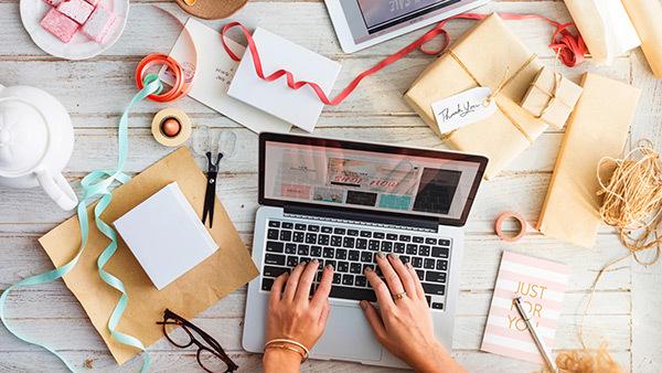 Kinh doanh giày dép online được áp dụng nhiều bởi vốn ban đầu thấp