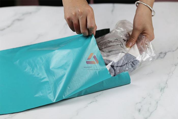 chuẩn bị phương án gói hàng bằng túi niêm phong