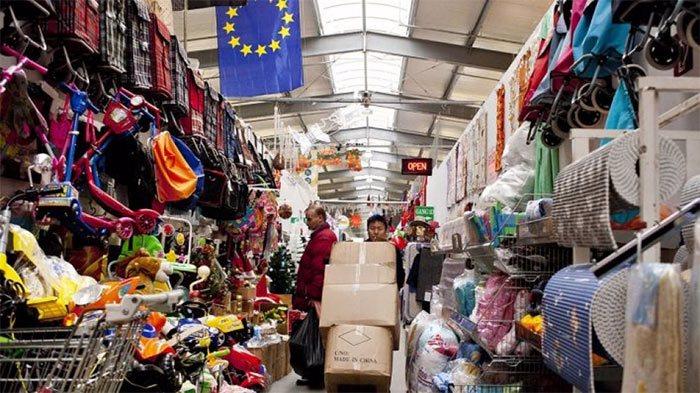tăng doanh thu bán quần áo online khi lấy hàng sỉ tại chợ đầu mối