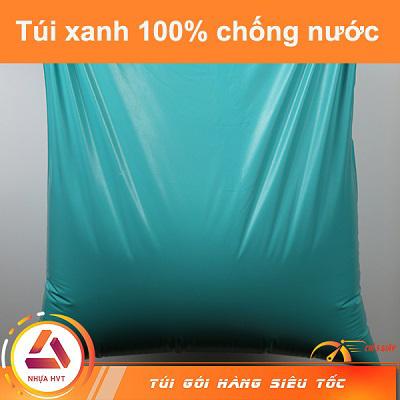 túi xanh đựng nước